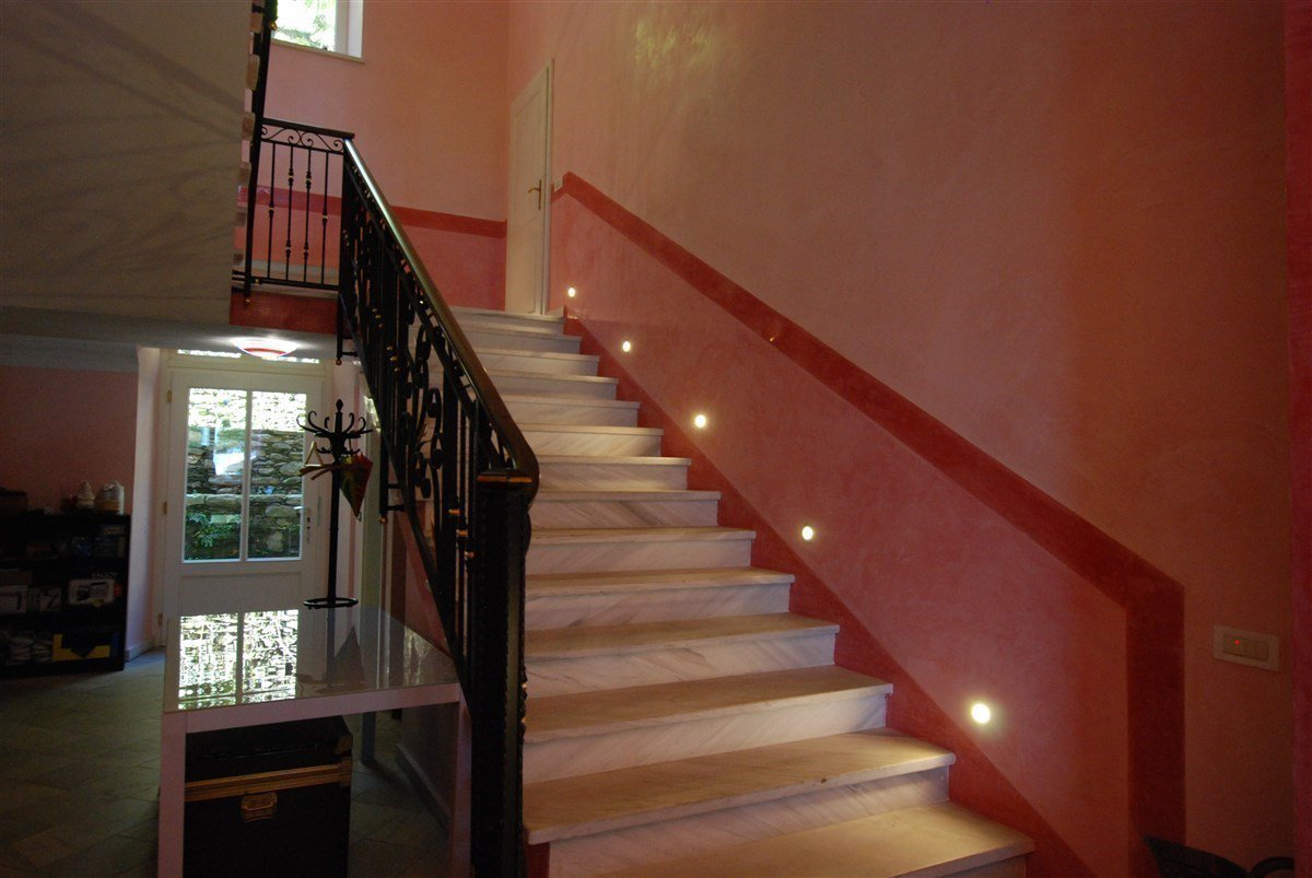 Villa for sale in Ghiffa - stairs