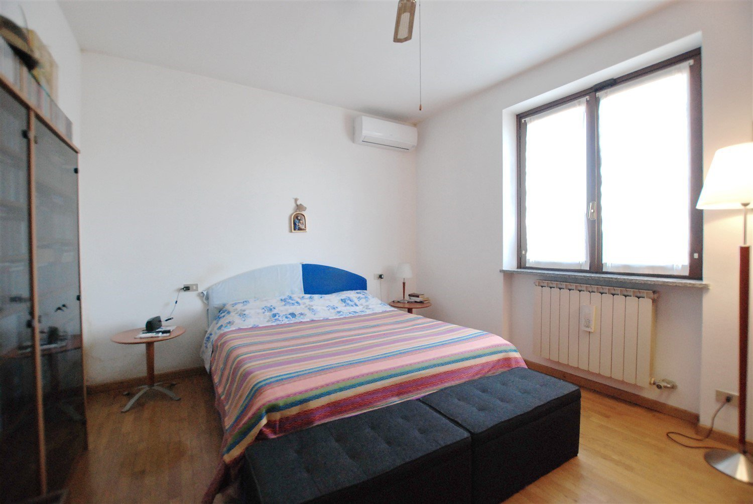 House for sale in Belgirate - bedroom