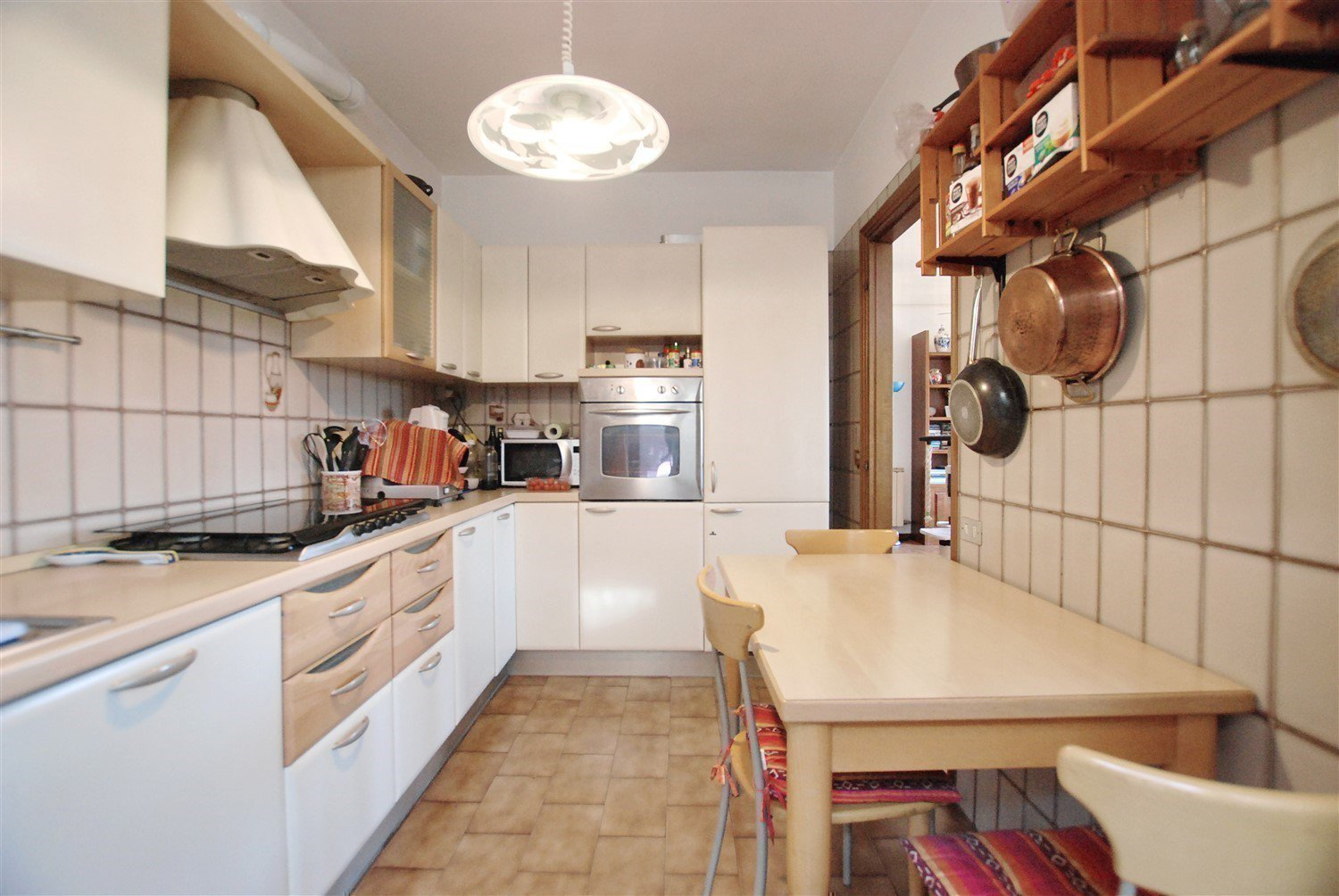 House for sale in Belgirate - kitchen