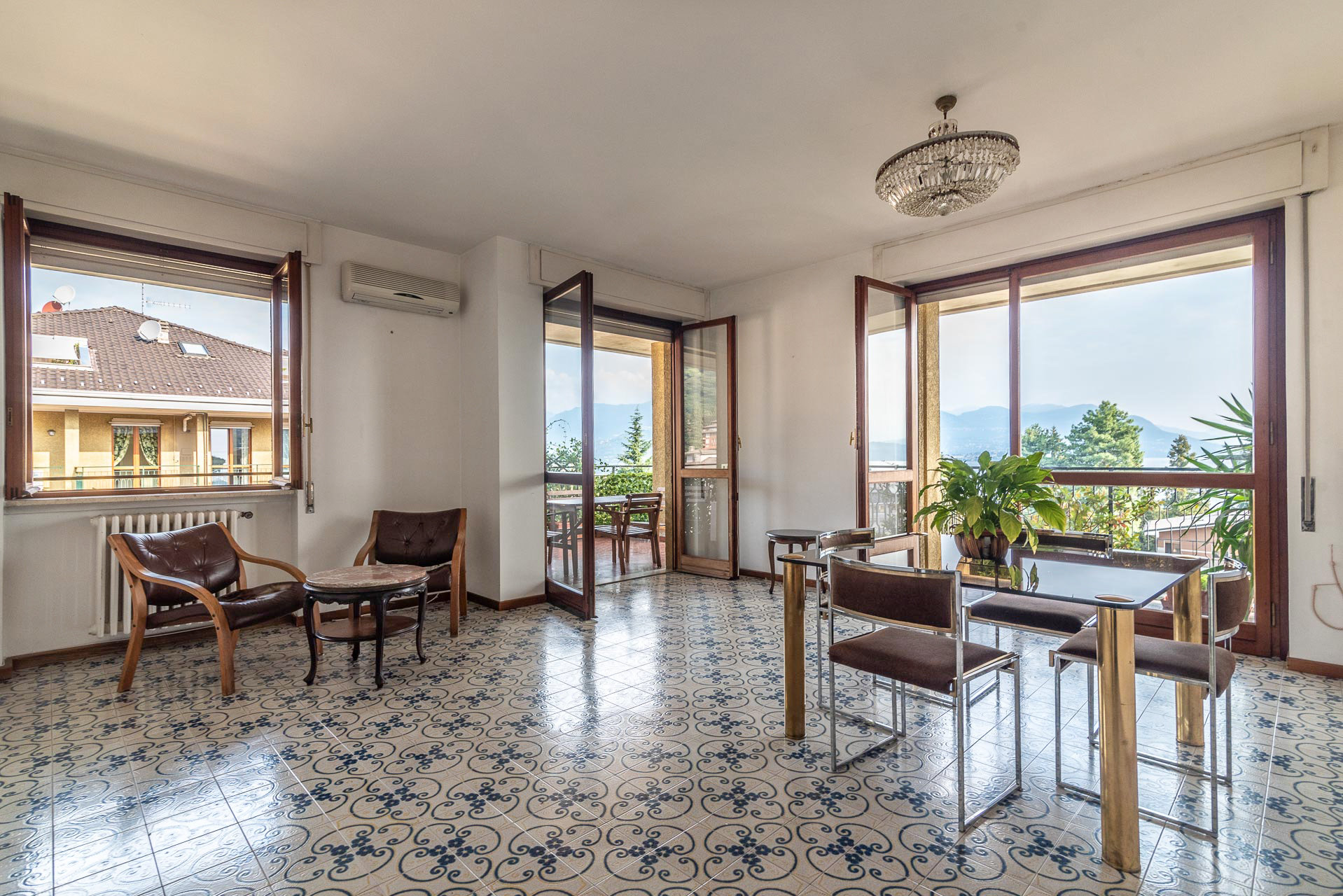 Apartment for rent in Stresa - living room