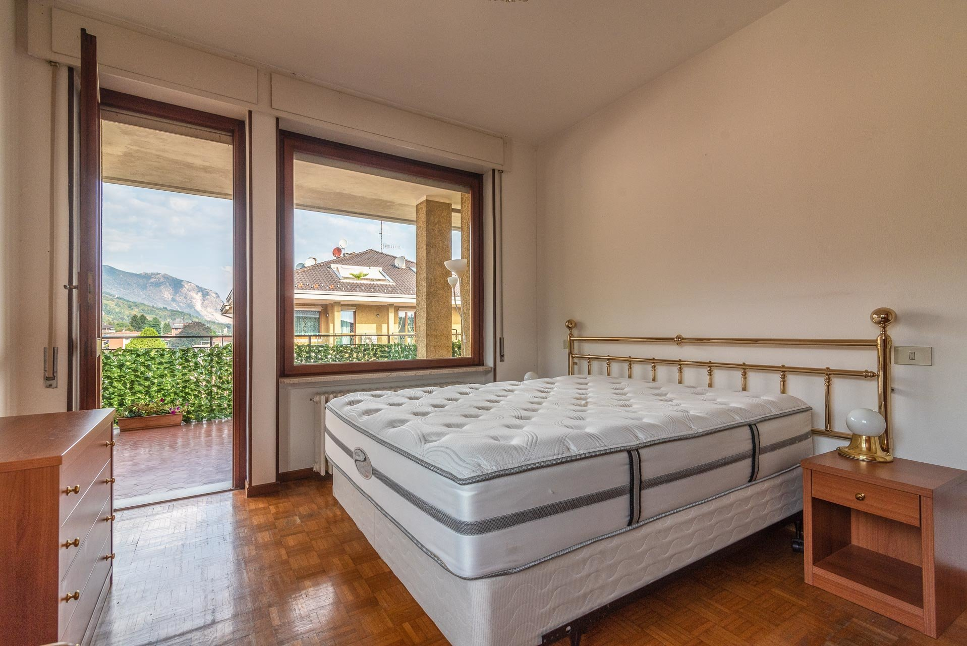 Apartment for rent in Stresa - master bedroom
