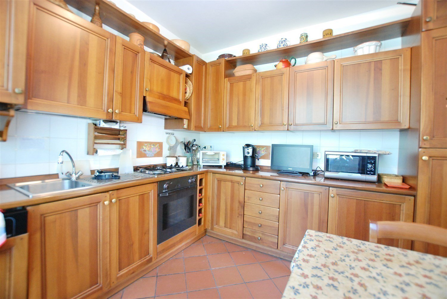 Terraced house for sale in Gignese, based in Vezzo - large kitchen