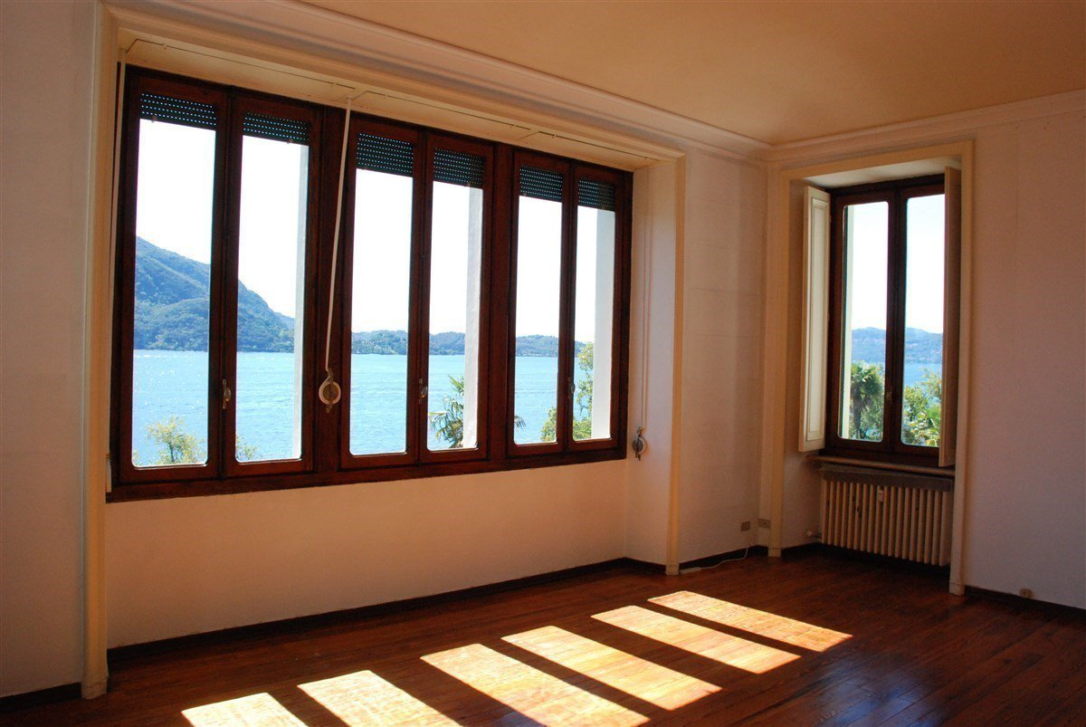 two-room apartament  for sale in Ghiffa lakeside-room with view