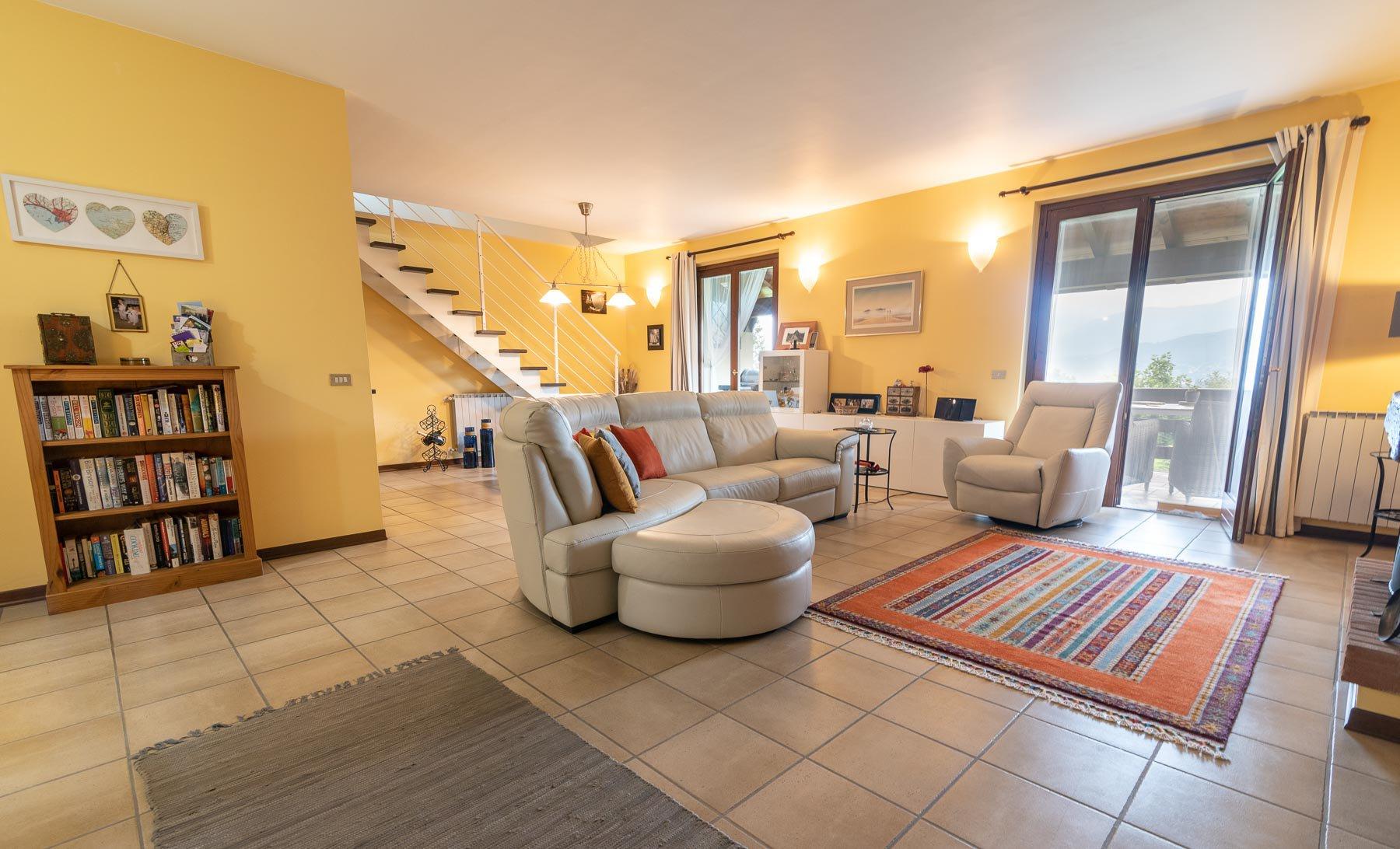 Signorile appartamento in vendita vicino al centro di Stresa