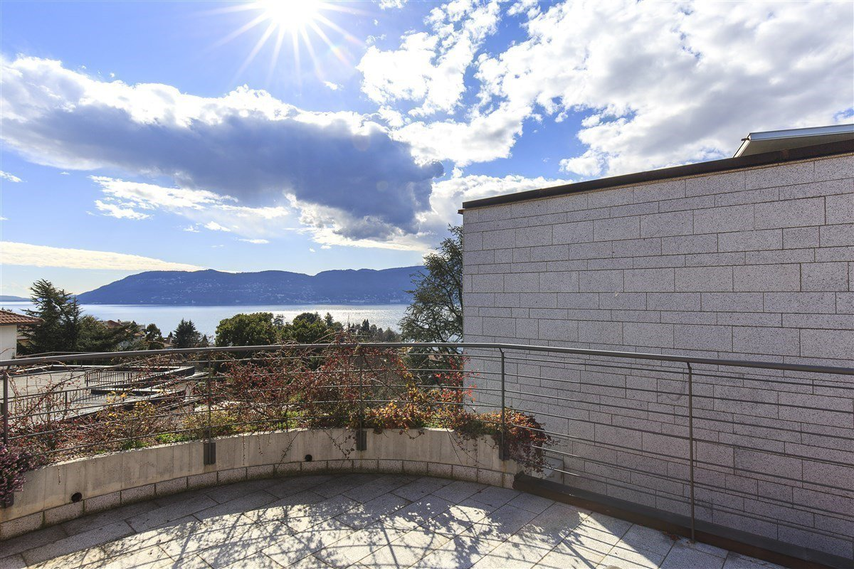 Elegant penthouse for sale in Verbania - terrace with view