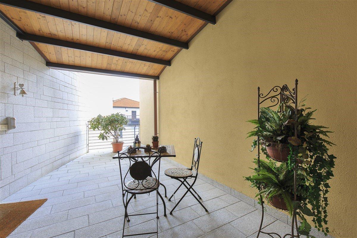 Elegante attico in vendita a Verbania - veranda