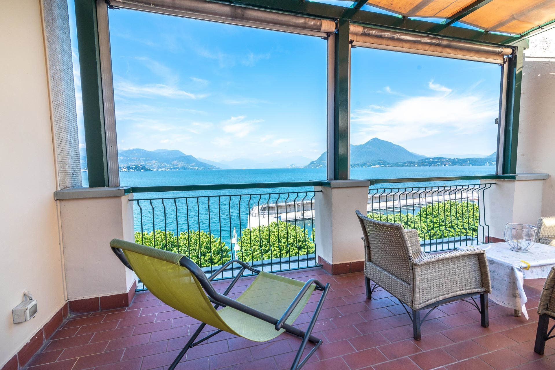 Building with apartments for sale in Stresa
