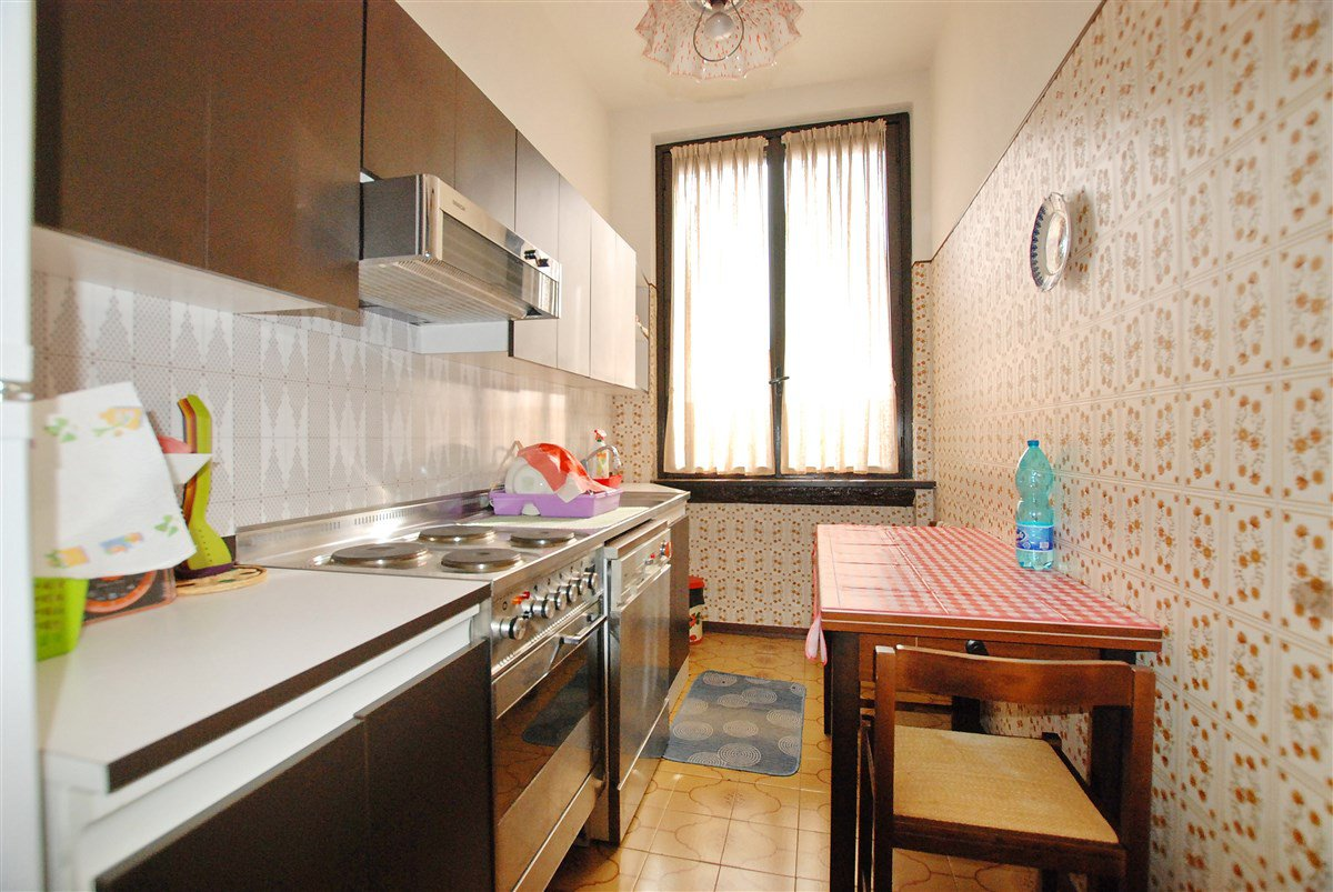 Apartment for sale in a residence in Stresa - kitchen