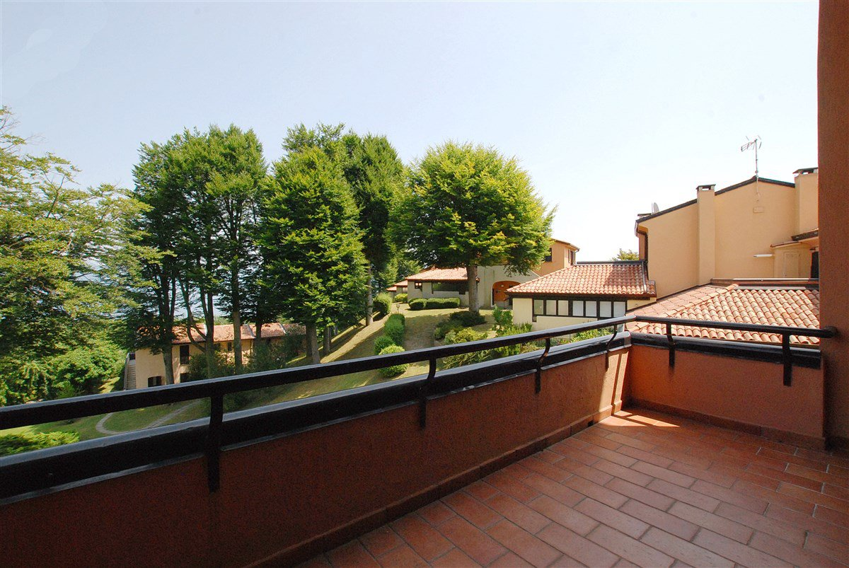Apartment for sale in a residence in Stresa - terrace