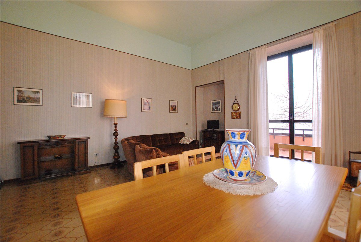 Apartment for sale in a residence in Stresa - dining room