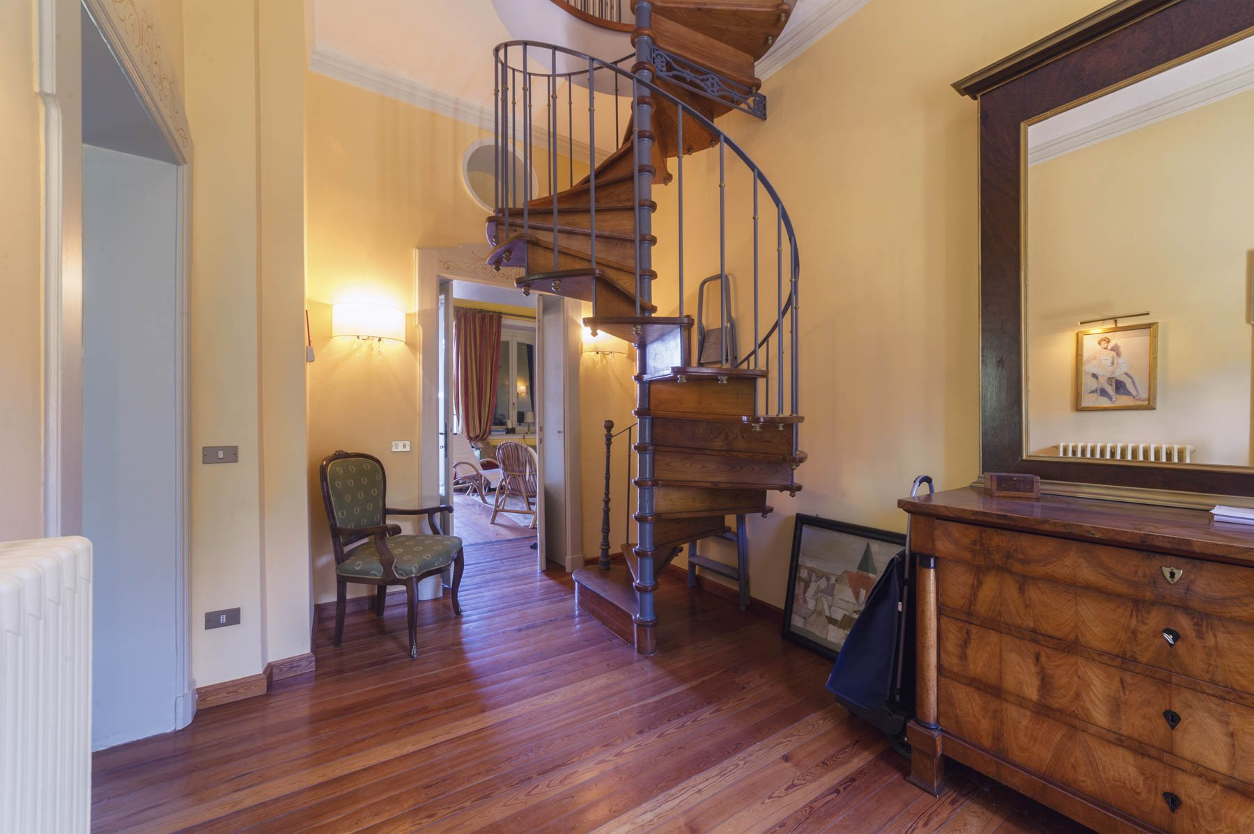 Luxurious apartment for sale in Stresa - intern