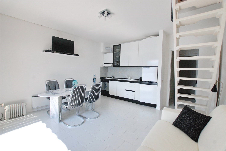 Appartamento fronte lago in vendita a Ghiffa- cucina abitabile
