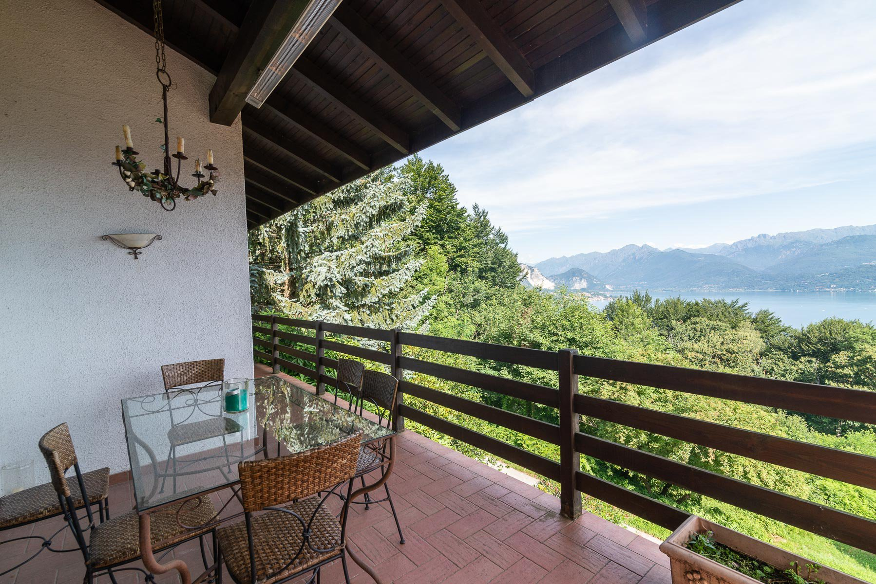 villa for sale on the hill of Stresa with lake view- terrace  with lake view