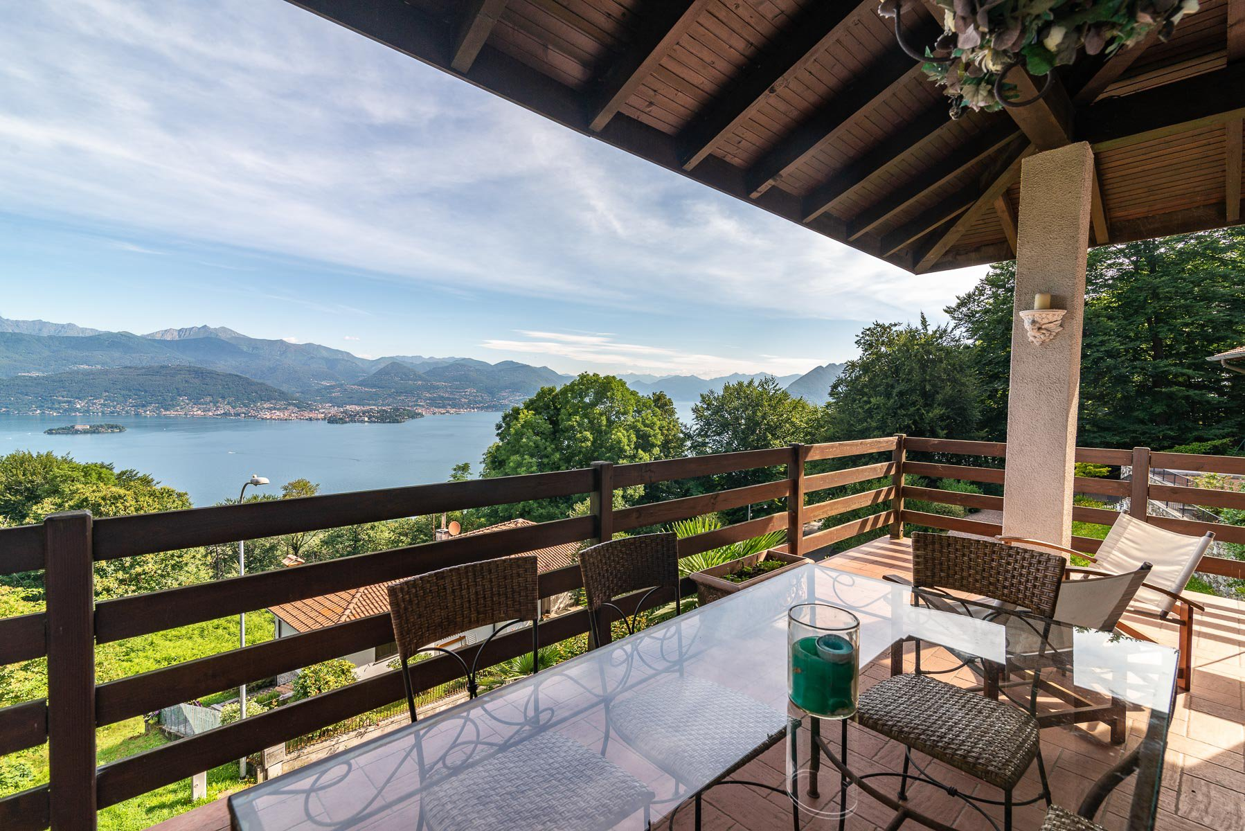 Lake view villa for sale on the hill of Stresa - lake view terrace
