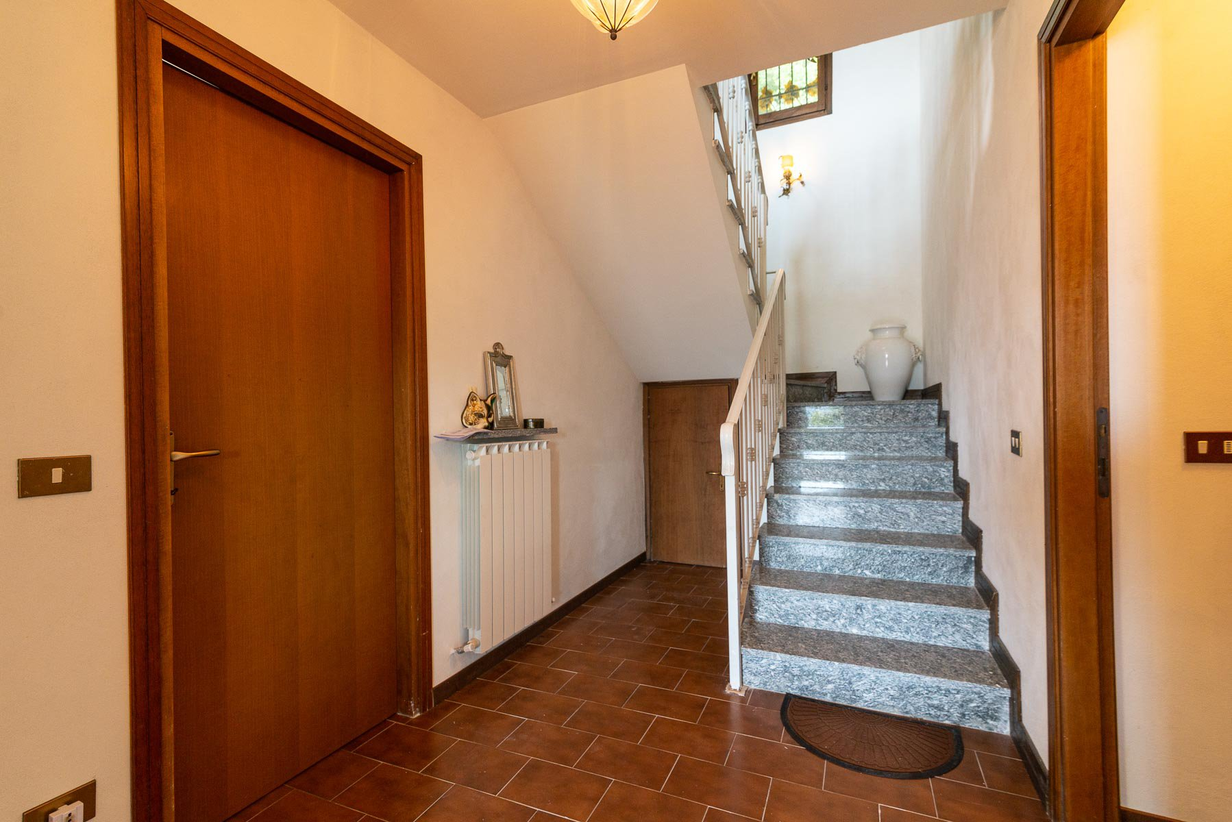 villa for sale on the hill of Stresa with lake view- staircase