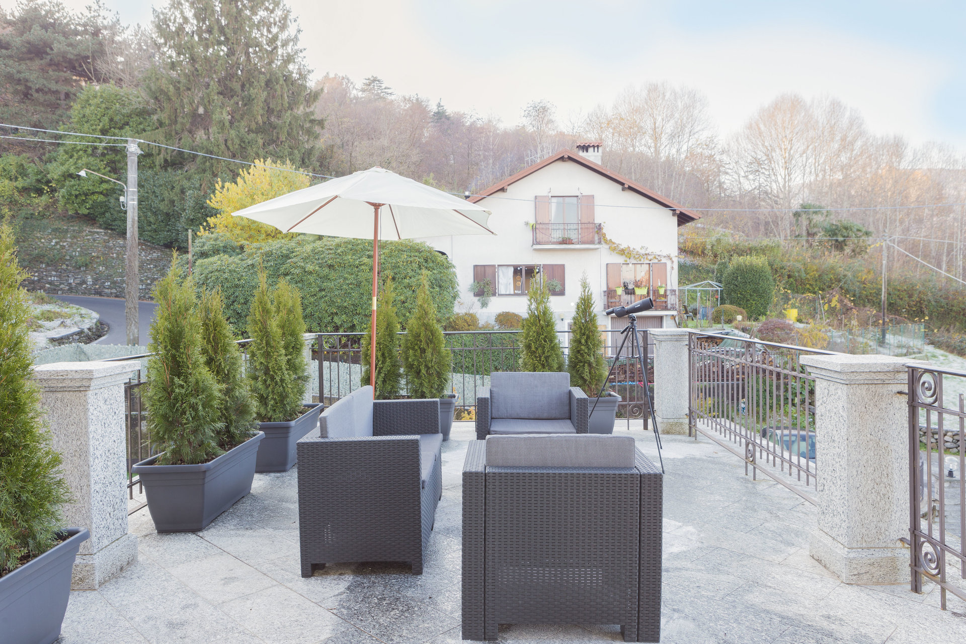 Furnished apartment for sale in Stresa - outdoor living area
