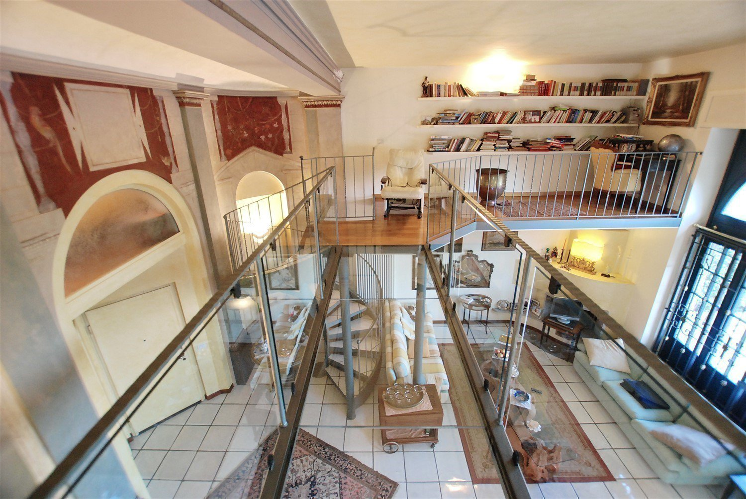 Prestigious apartament for sale in Castelletto Ticino - glass boardwalk