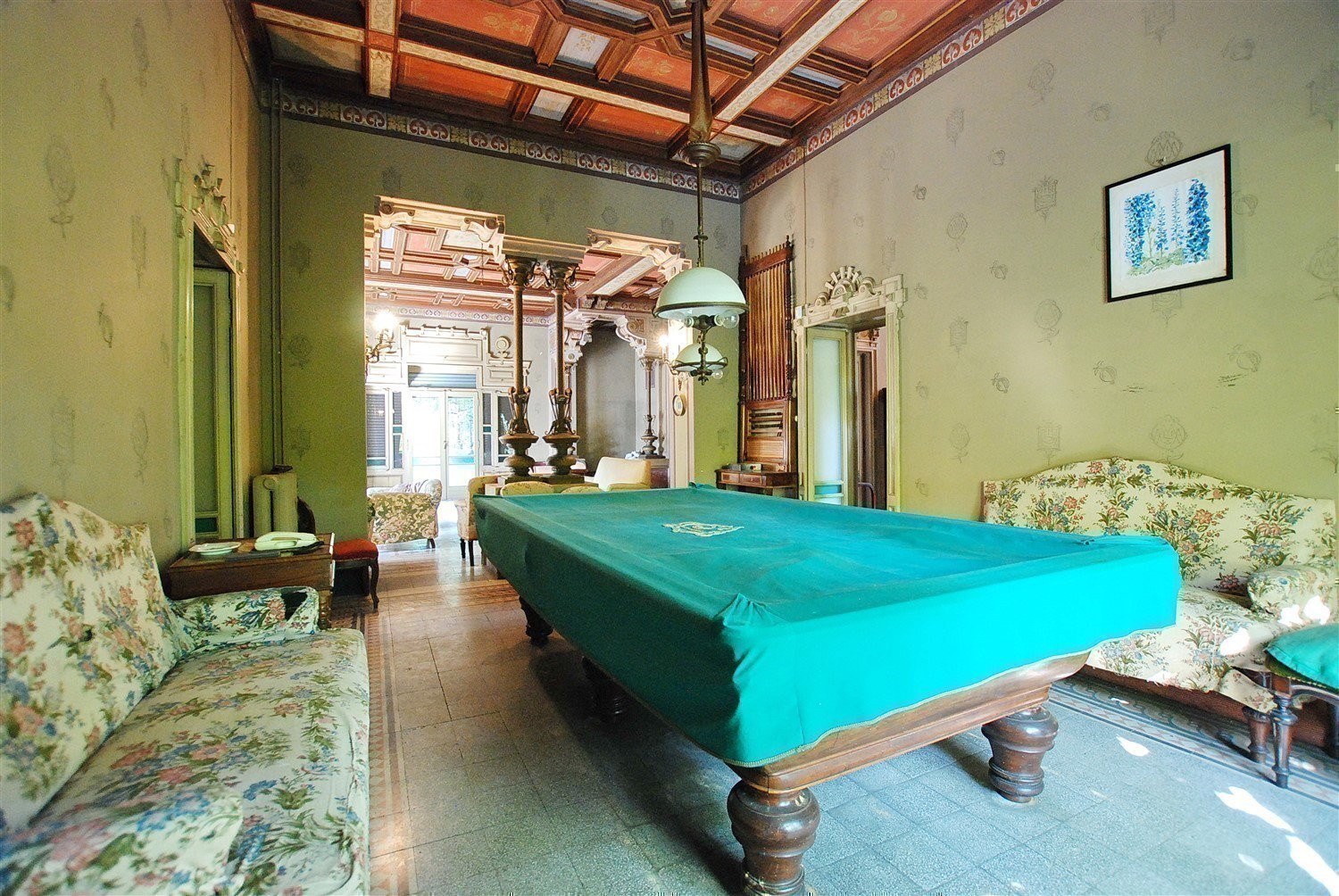 Historic villa on the shores of the Ticino river- pool room