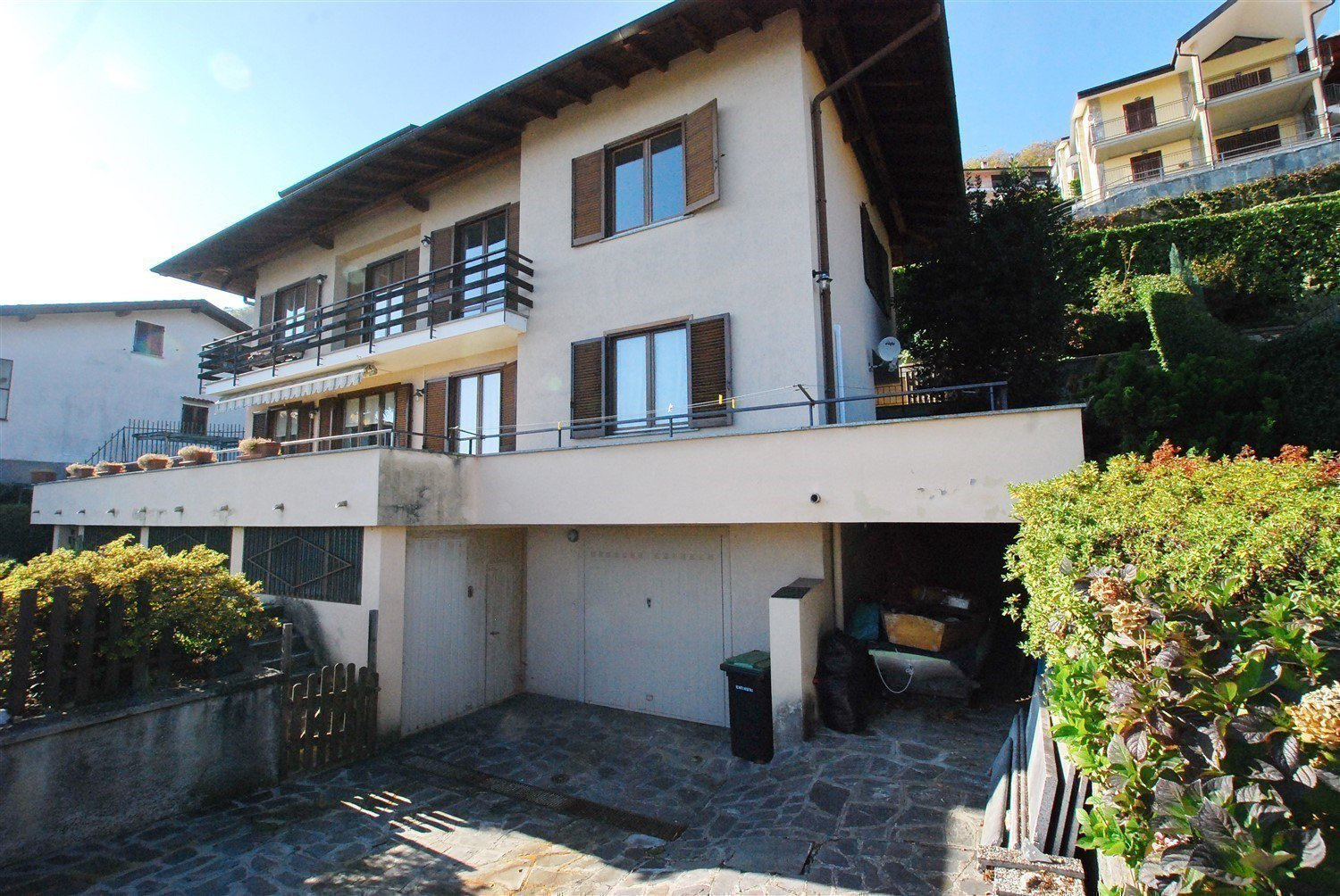 Apartment for sale in Belgirate - outside
