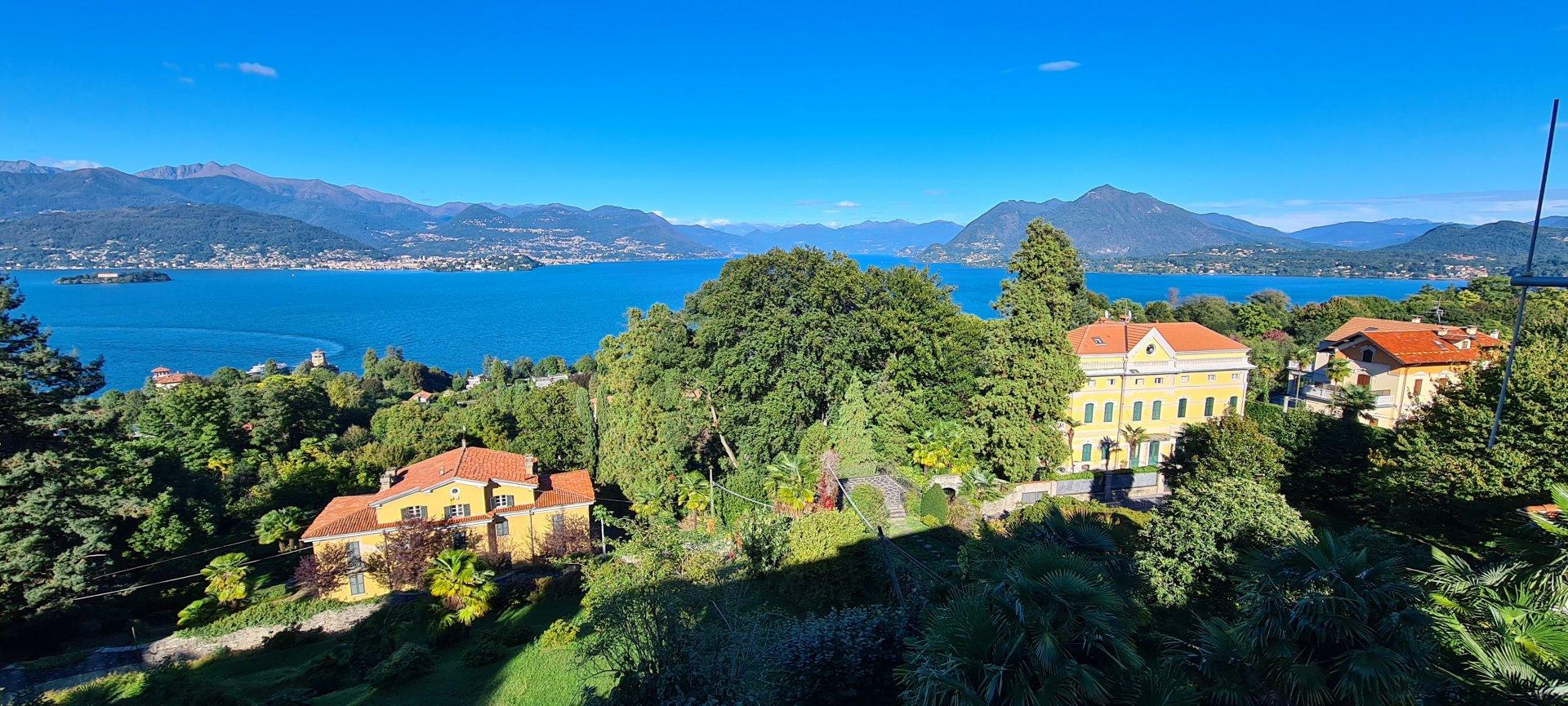 Villa d'epoca in vendita a Stresa