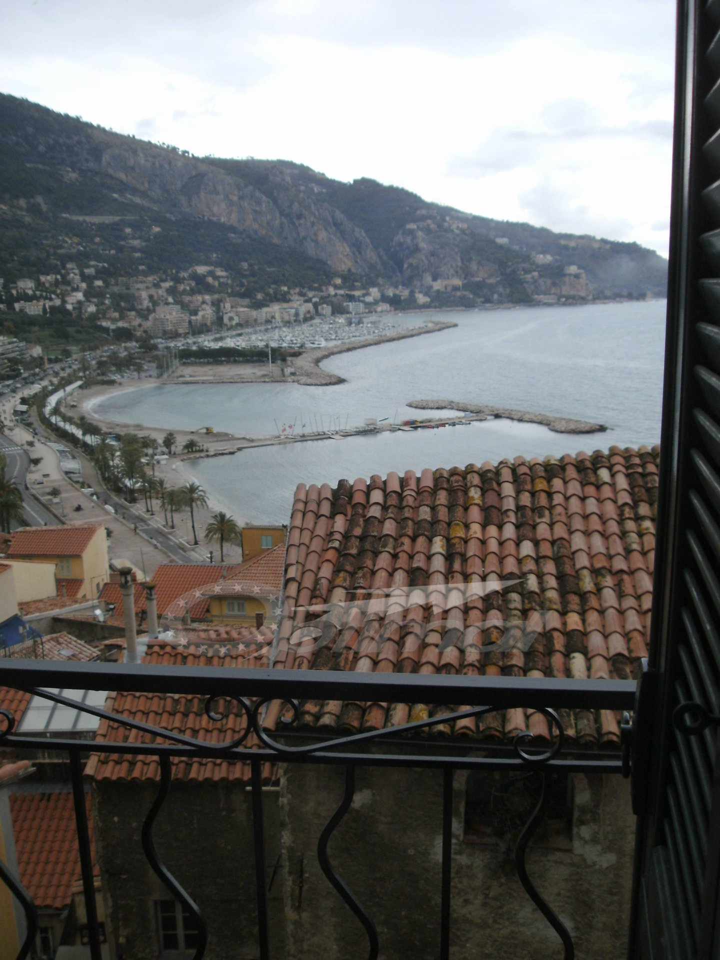 Location Appartement - Menton Vieille-Ville