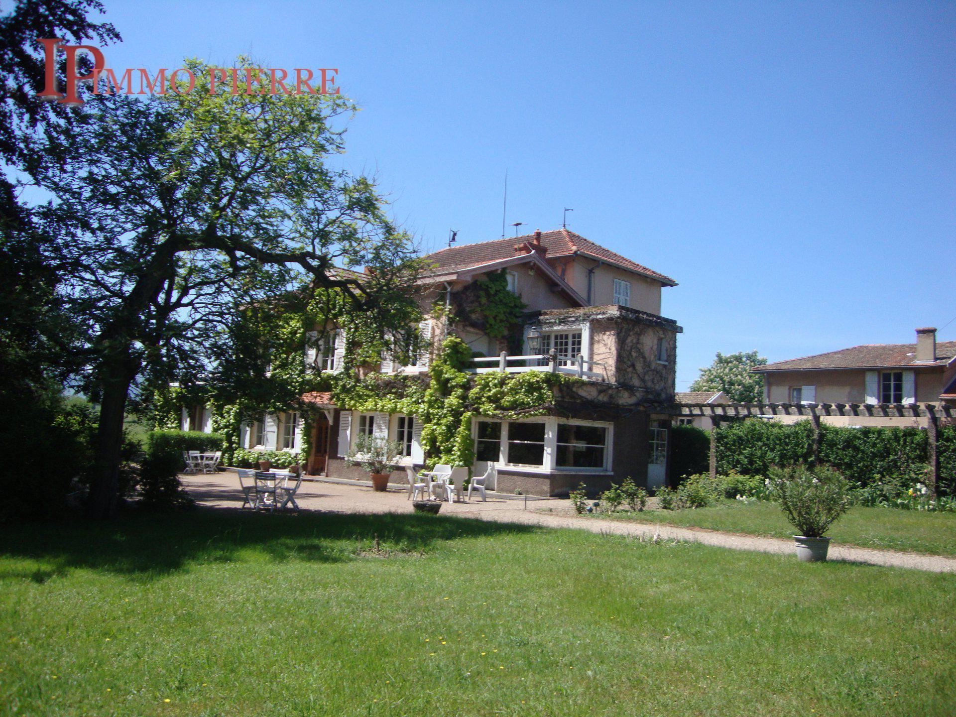 Sale House - Villemontais