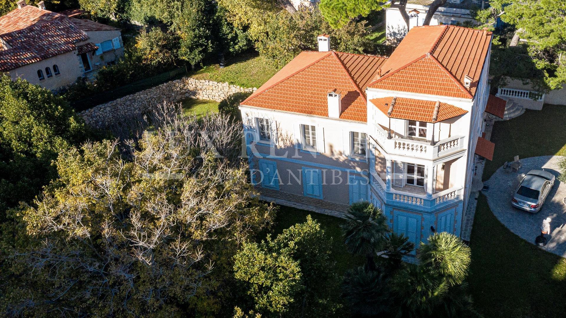 Sale Villa - Cap d'Antibes