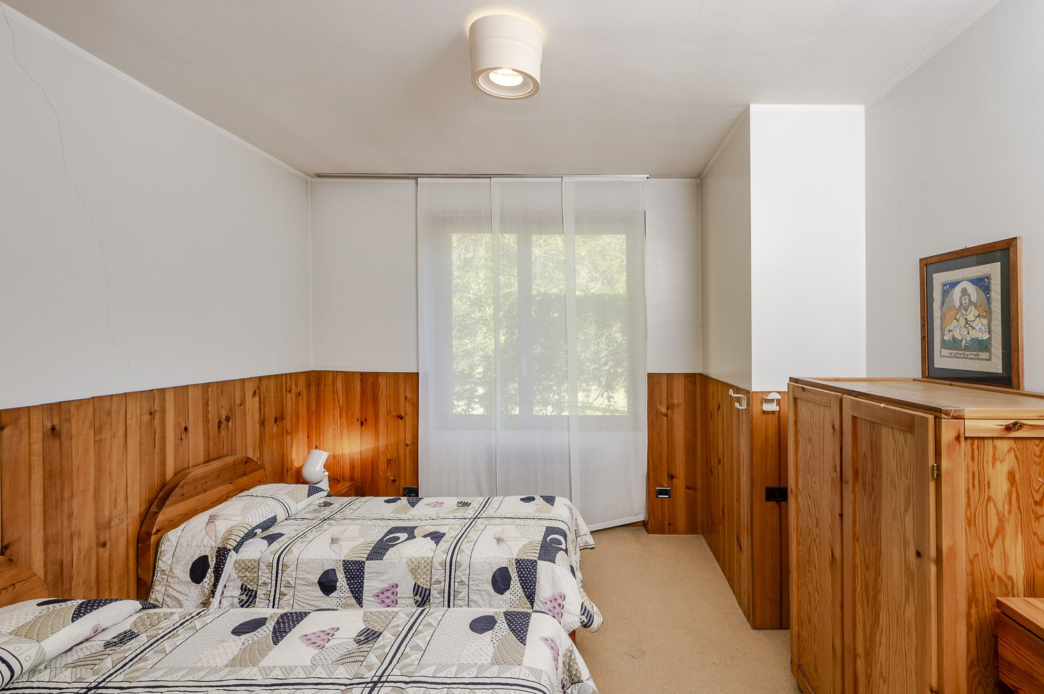 Property in a park in BorgoTicino, near Lago Maggiore - small bedroom