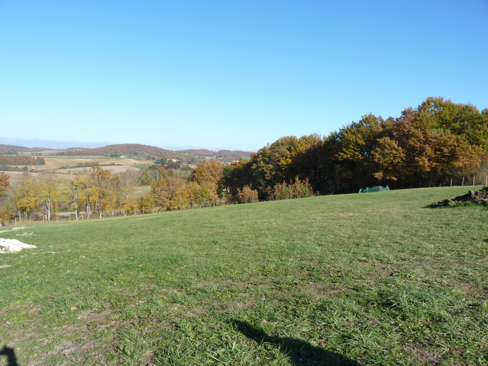 Near Castillon de St Martory, serviced building plot of 11506 m²