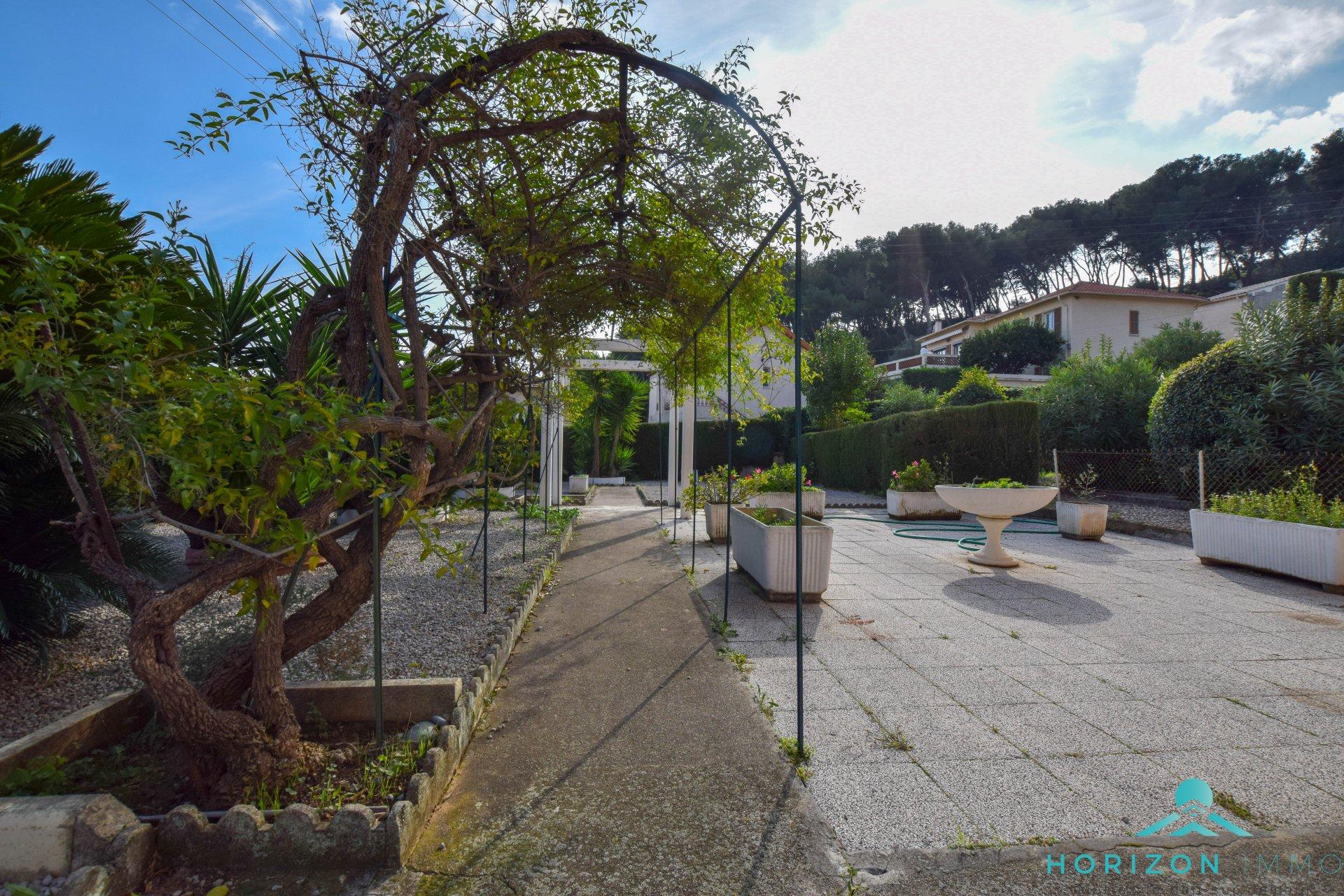 Rez-de-jardin 4 pièces – Saint-Laurent du var 2506126   Agence ...