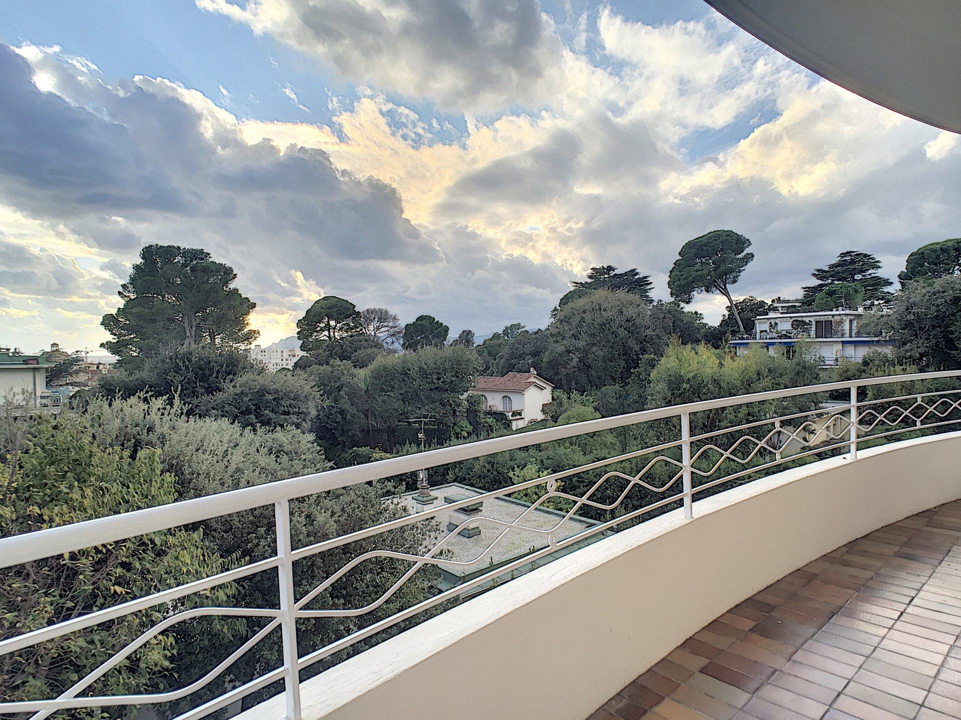 Cannes - 2 bedrooms flat 87 sqm