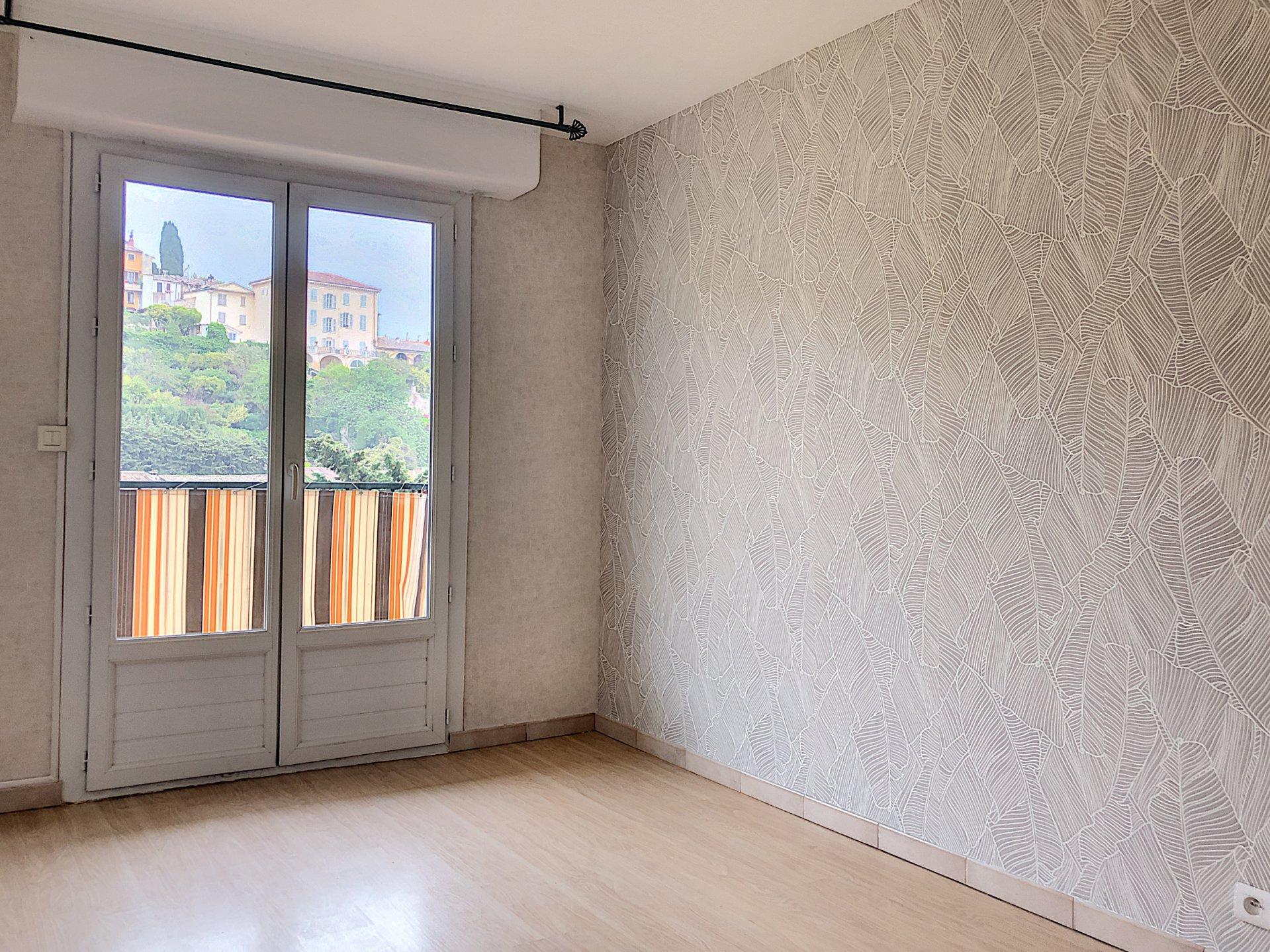 Cagnes - sur - Mer (06800) - Appartement - 2 pièces - proche des commodités
