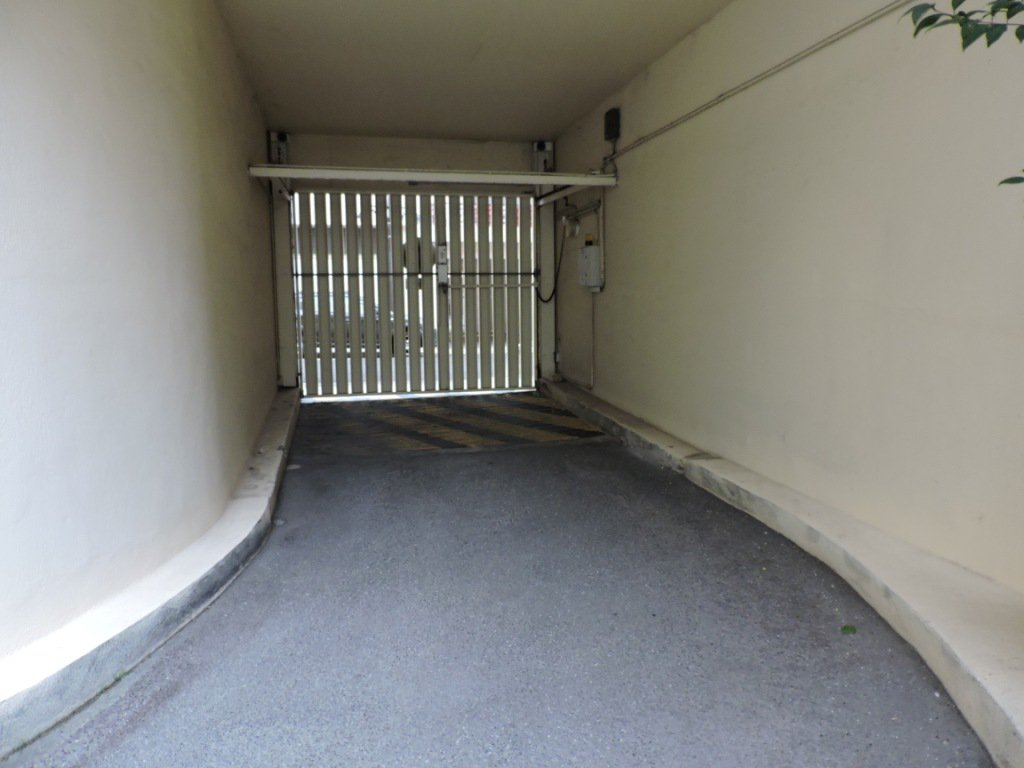 Antibes centre, Secteur Bd Albert 1er, parking sous-sol