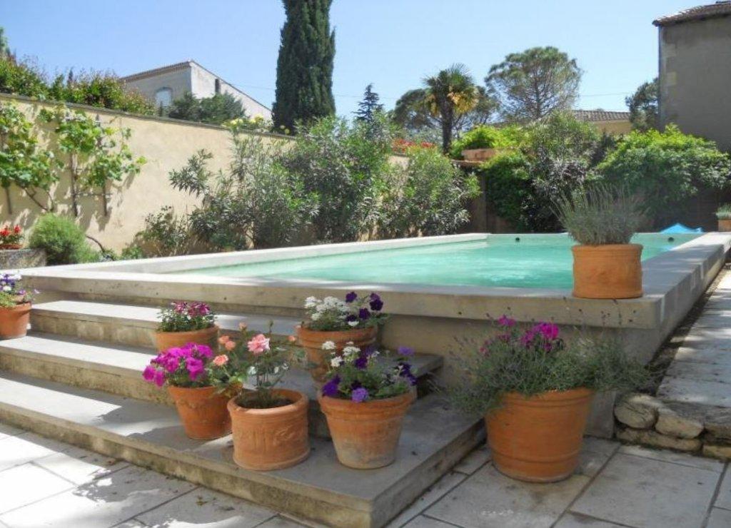 charmante maison de village avec piscine à Eyragues ( mn de Saint Rémy de pce)