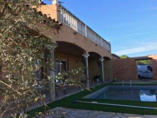 Narbonne agreable villa provençale T7 avec piscine et garage.