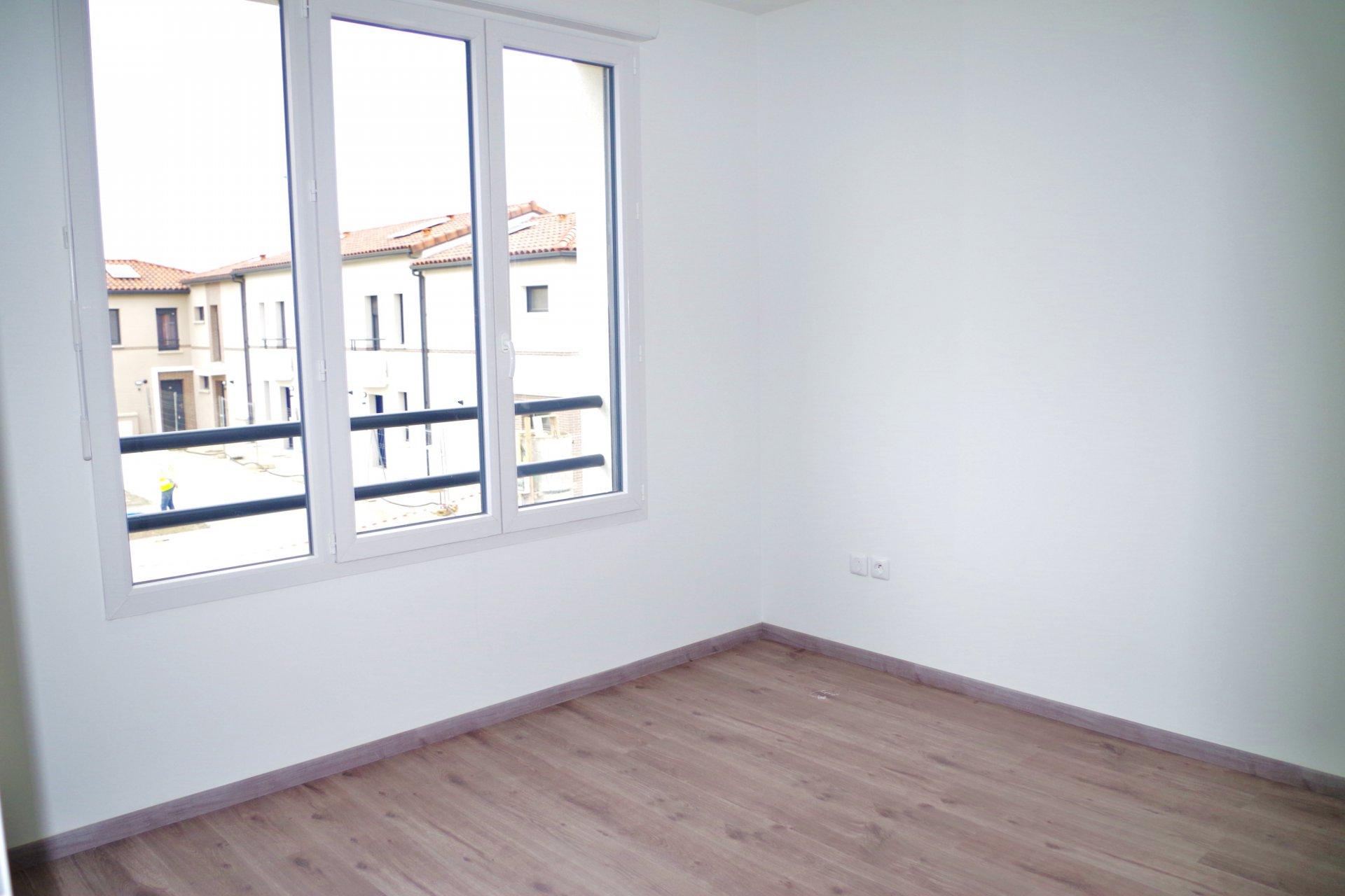 Villa T4 NEUVE - 90 m² - MONDONVILLE