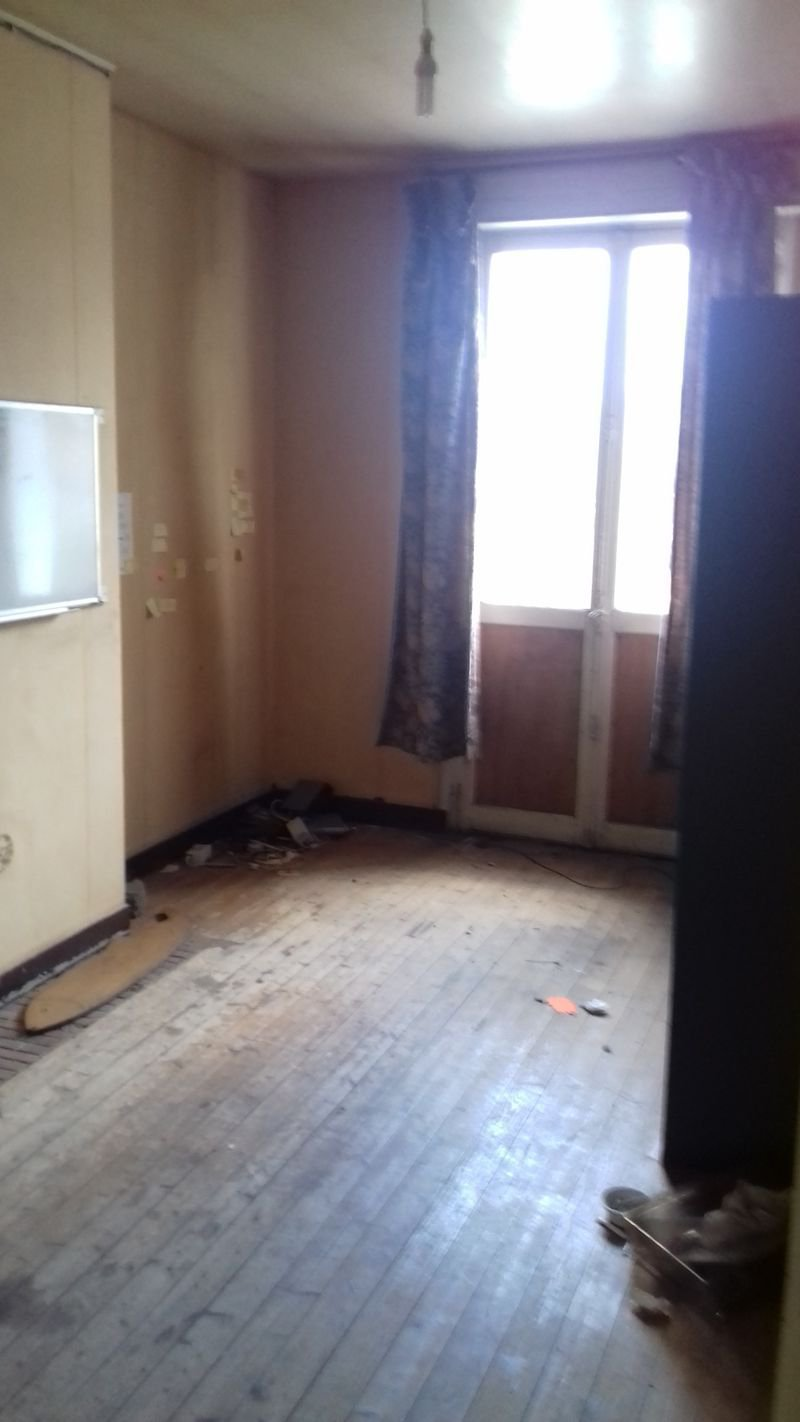 Appartement T2 52 m2 place Voltaire