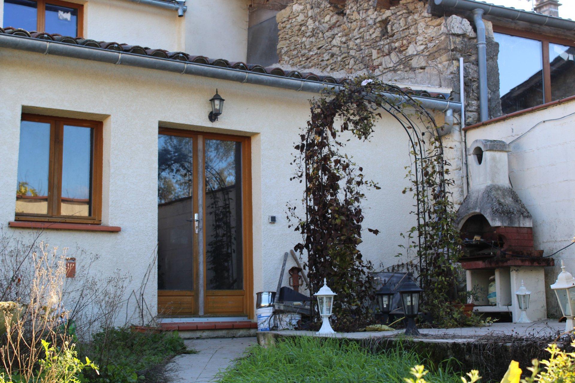 Aurignac, village house T3 with garden