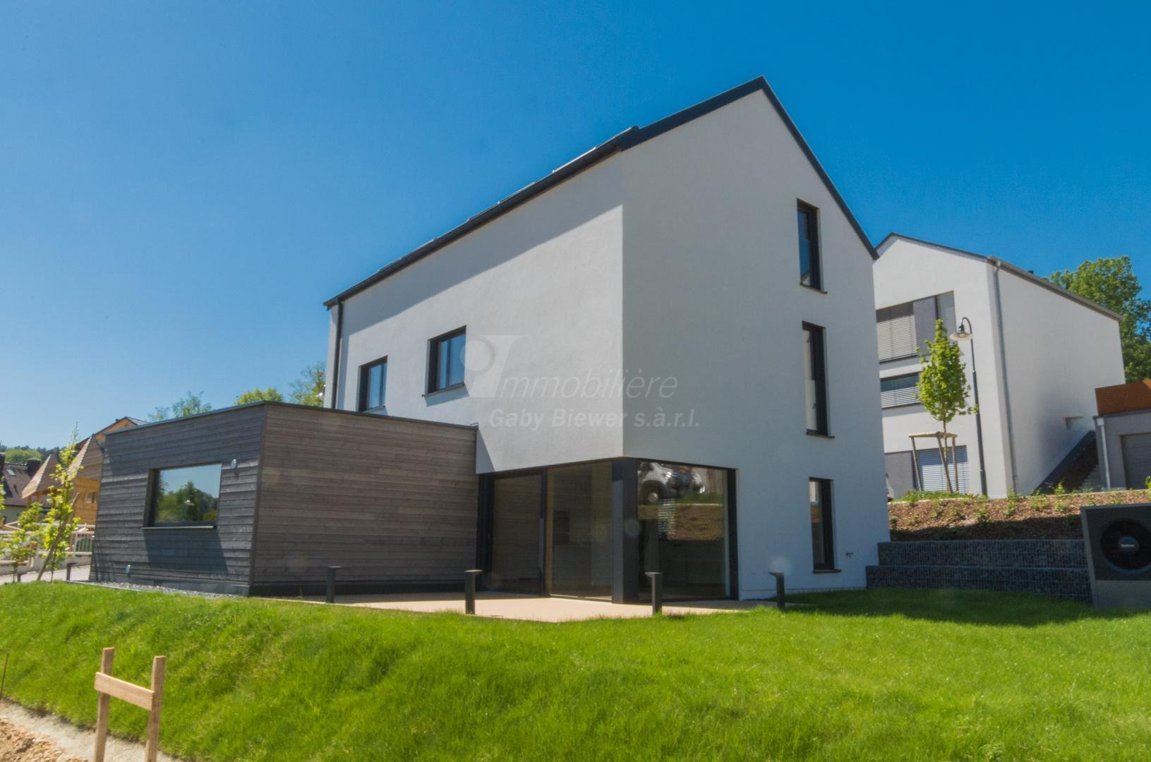 Sale House - Eisenborn - Luxembourg