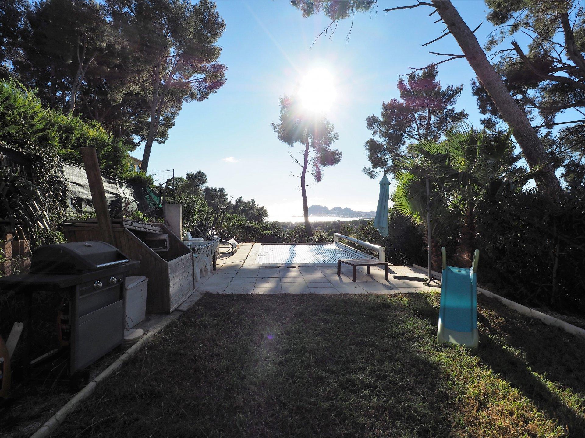 Maison à louer La Ciotat  4 chambres piscine et vue mer