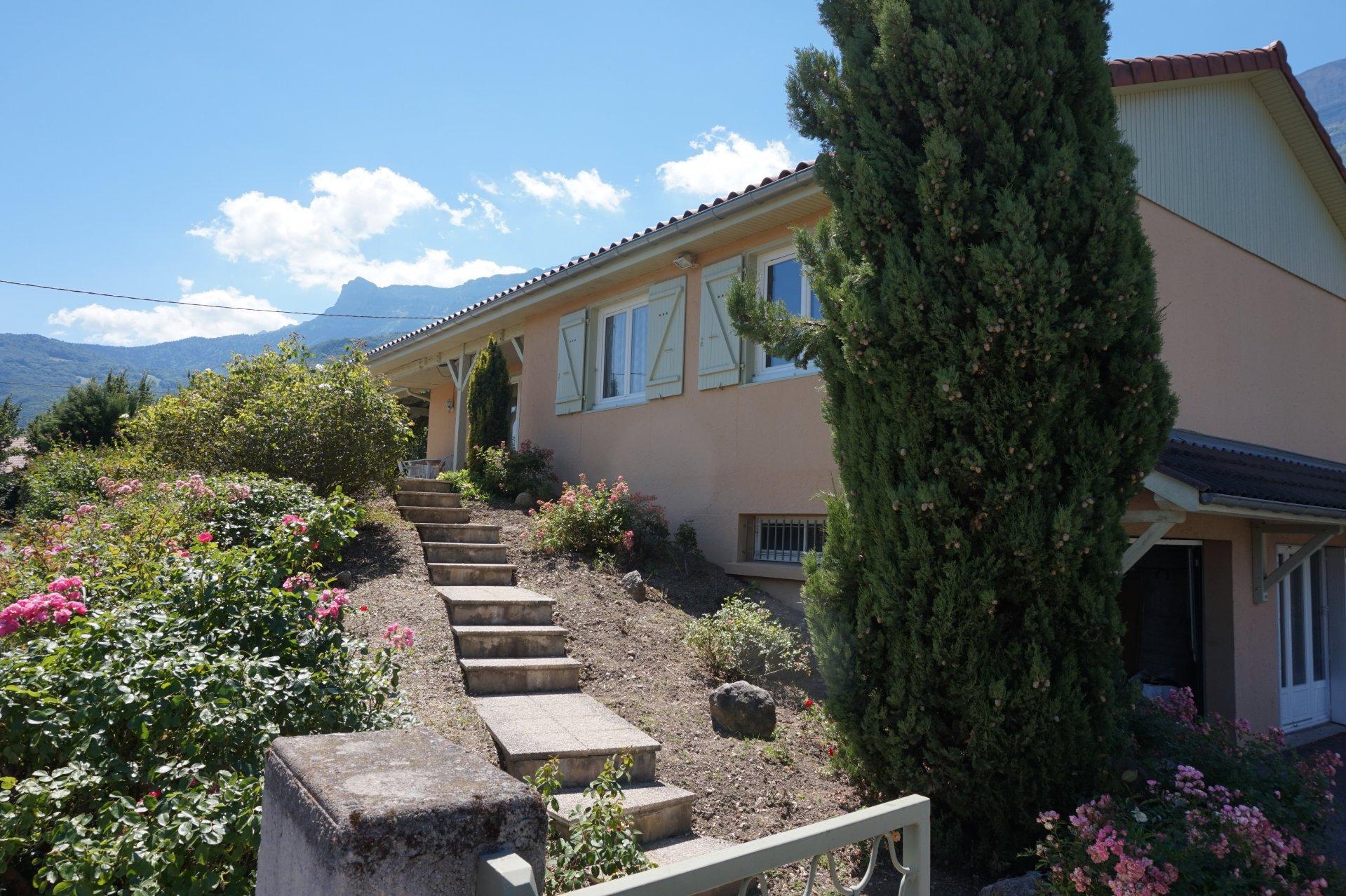 Villa plain-pied  CLAIX