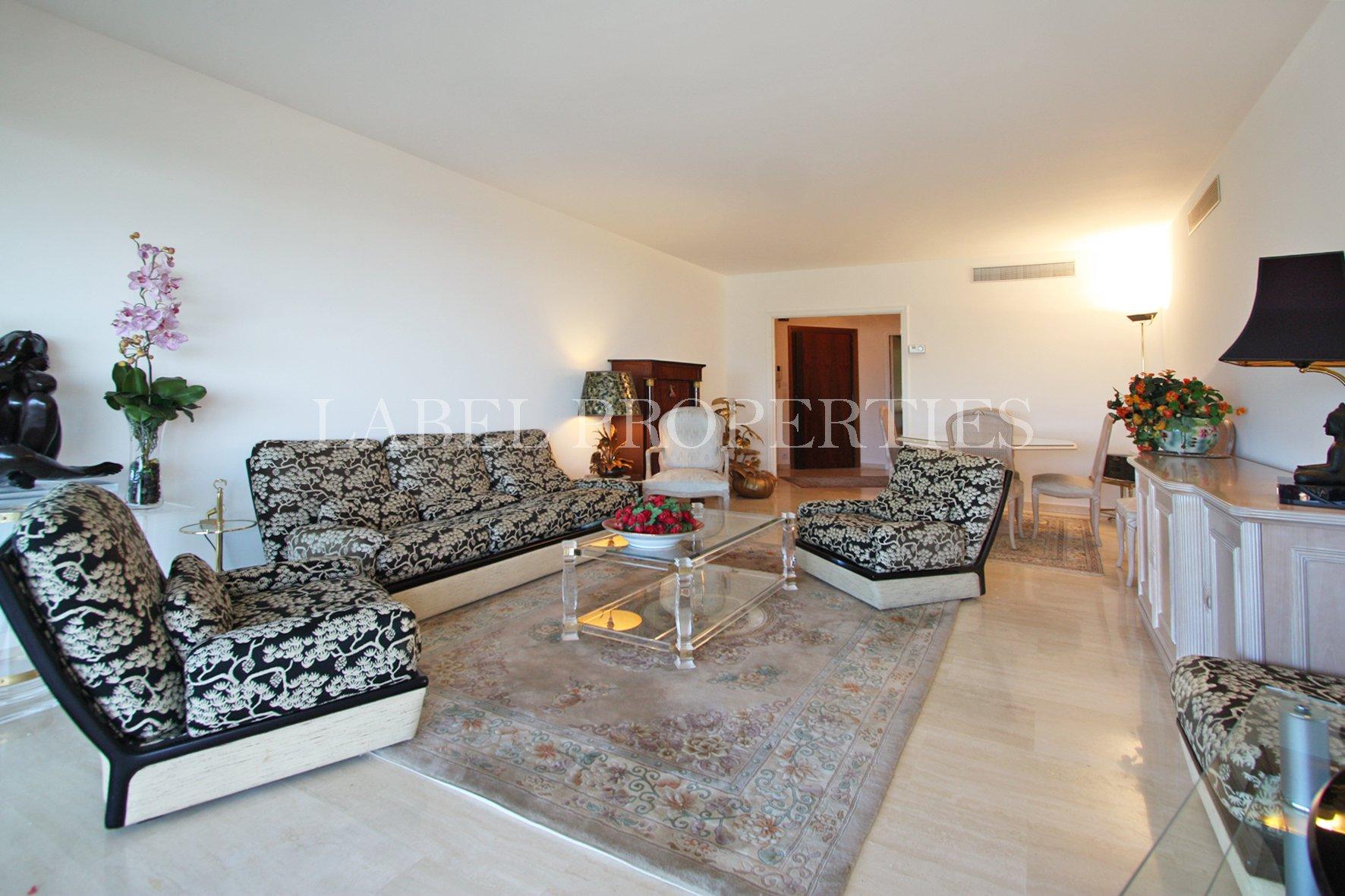 Le Cannet résidentiel -  résidence standing - au calme - 3 Pièces