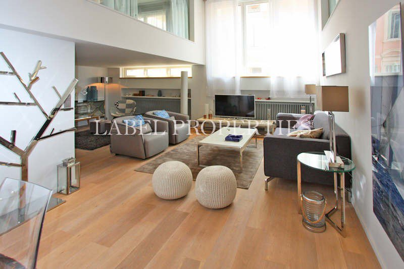 CANNES CENTER, VERY PLEASANT DISTRICT, A FEW METERS ...