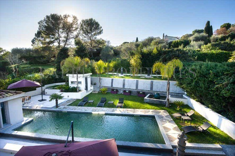 To sell residential Mougins: Situated in the quiet ...