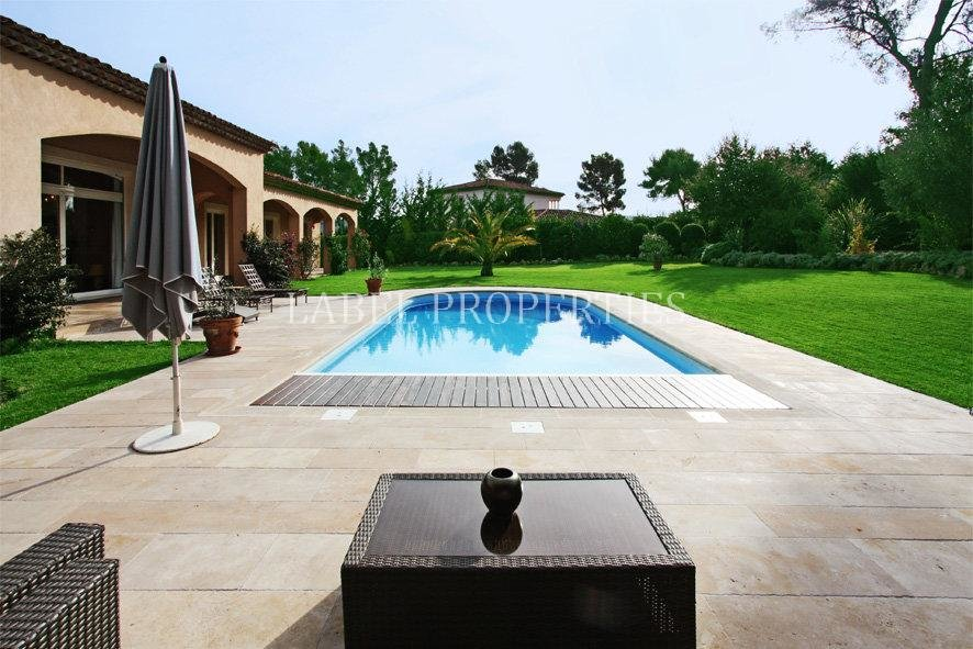 MOUGINS IN A CLOSED DOMAIN, NEO PROVENCAL HOUSE , ...