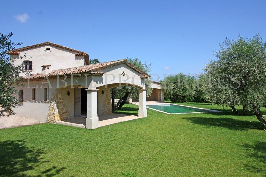 Villa provençale à Valbonne
