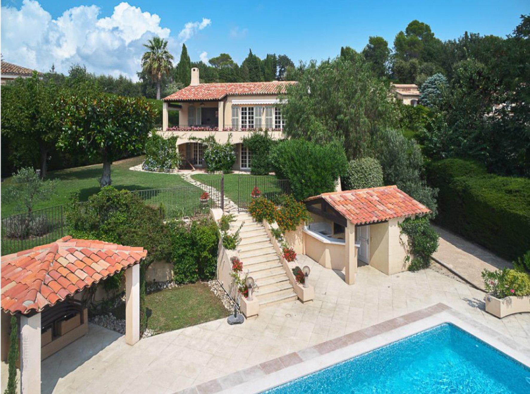 Belle villa néo-provençale