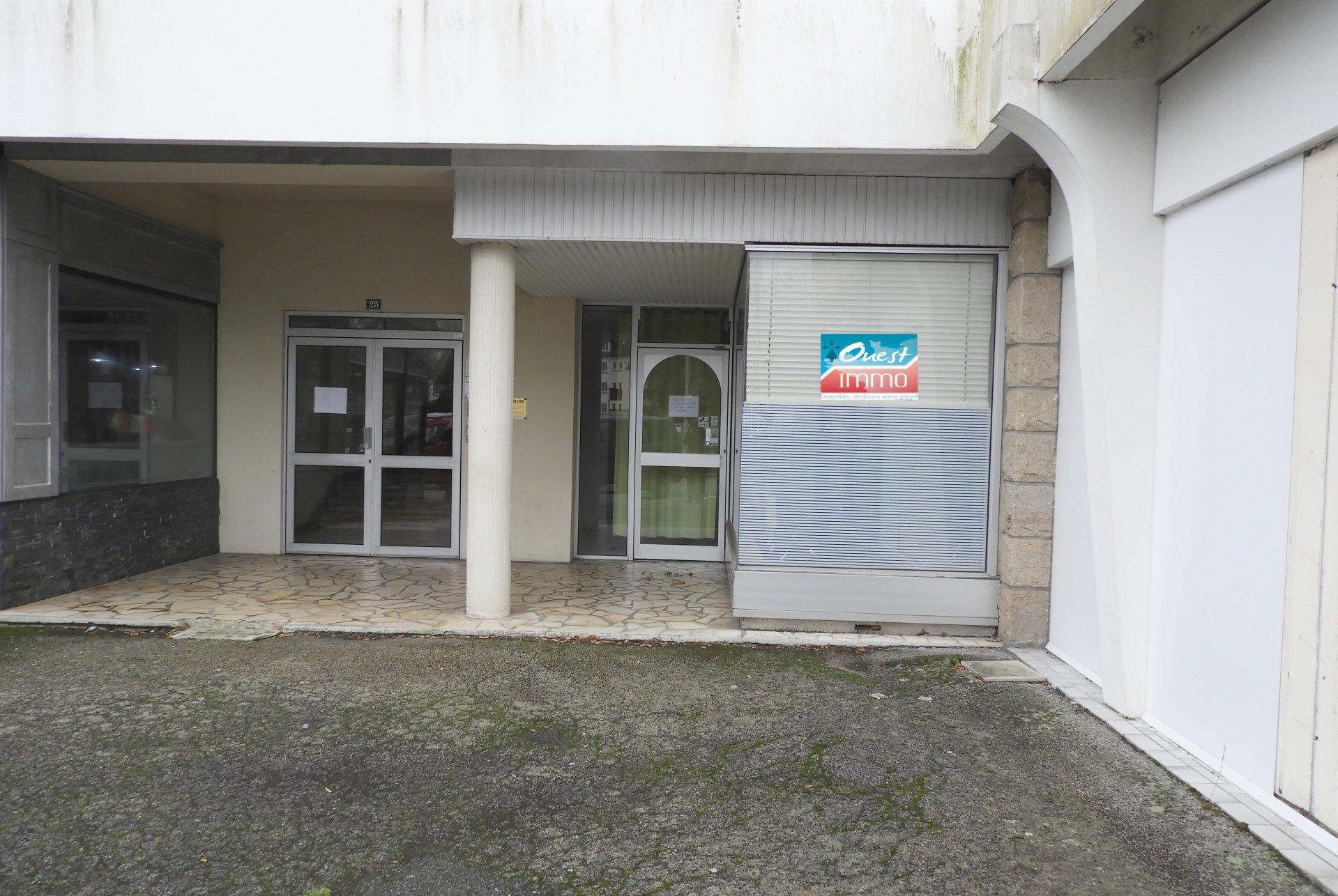 Sale Premises - Carhaix-Plouguer