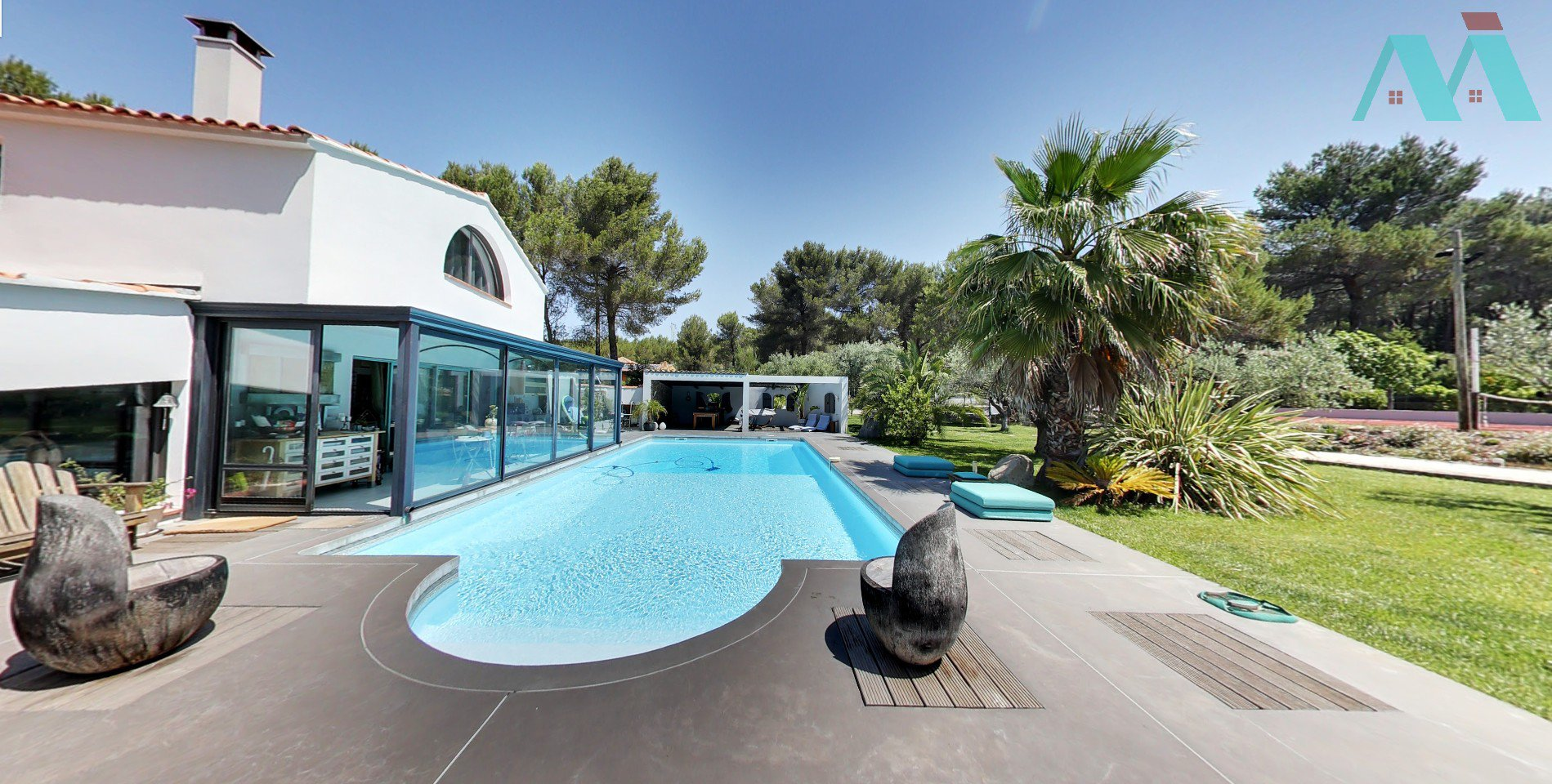 Le Beausset, a lovely property at 10 minutes from the seaside