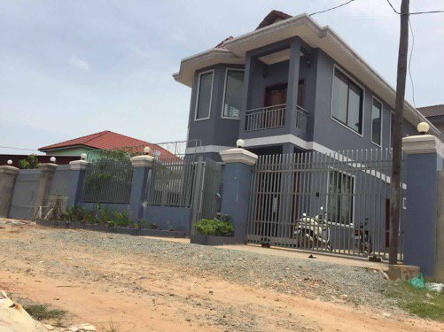 2 stories house at Krous village near to Pum Bai Tang resort for sell $145000 ID HFS-101